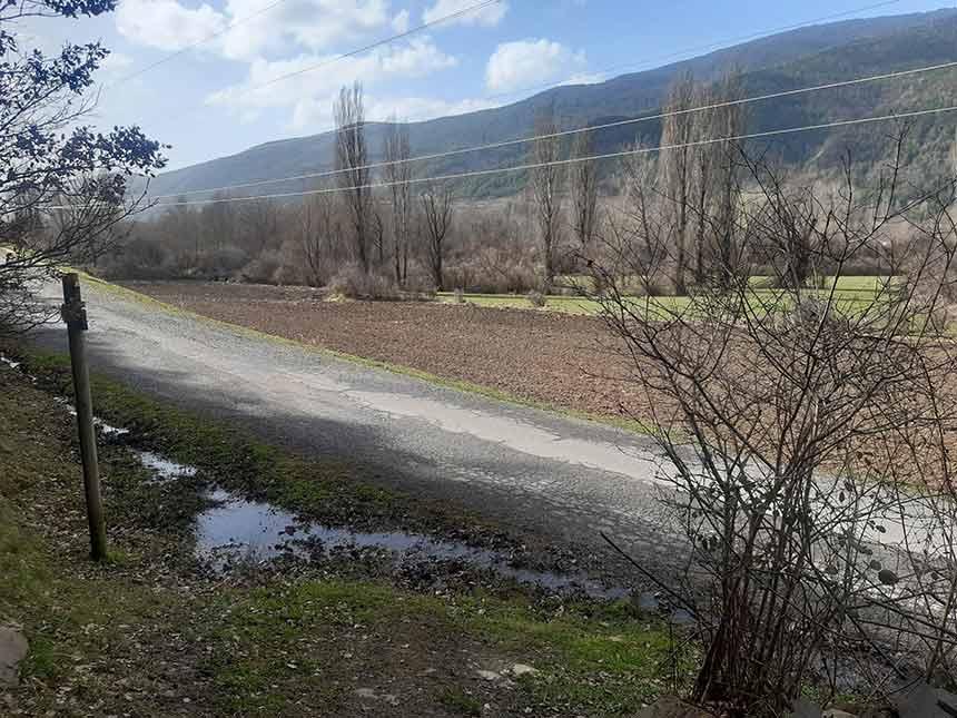 Intersección Senderos de las Espetreras y Camino de Orbil