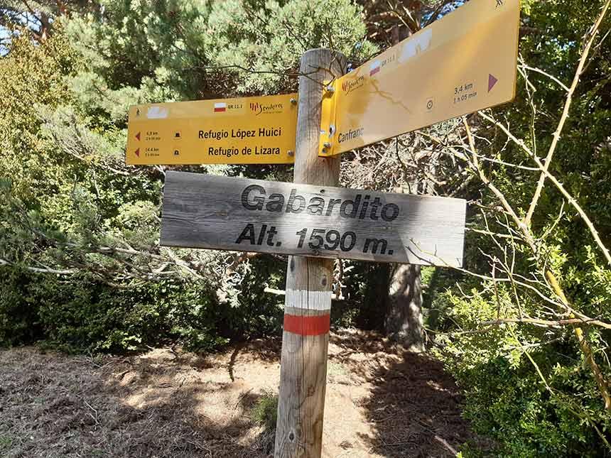 Señalizacion de Sendero GR Gabardito altitud 1590 msnm