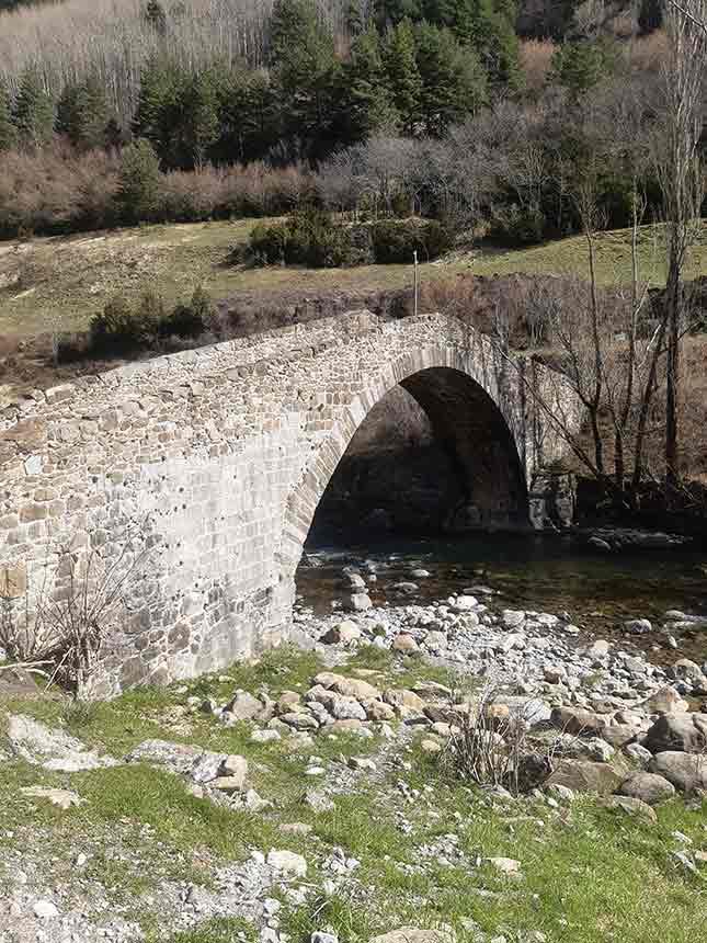 Puente de los peregrinos de Canfranc